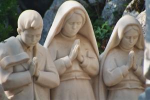 three shepherds of Fatima www.thecalltofatima.com